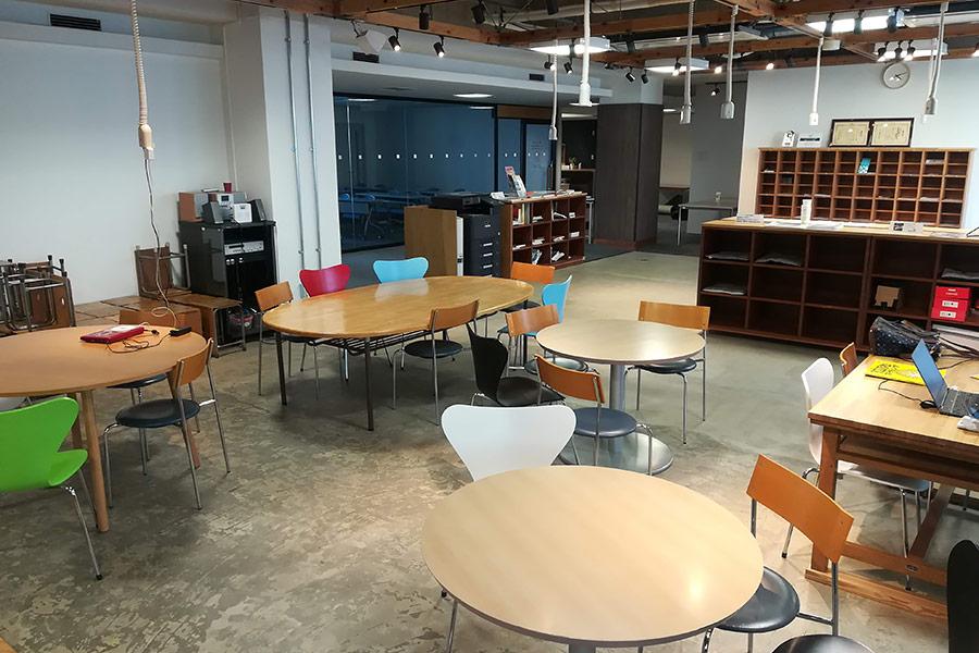 金沢の無料で使えるコワーキング・電源がある作業スペース「ITビジネスプラザ武蔵」